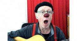 Even lekker bellen met clown Dikkie vanuit de tandartsstoel