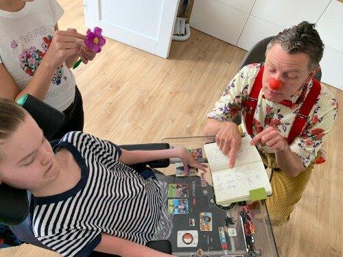 Clown Hup bezoekt Danielle