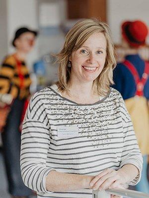 Chantal Guldemond, medisch pedagogisch zorgverlener in het Haarlemse Spaarne Gasthuis, over de toegevoegde waarde van CliniClowns in het ziekenhuis.