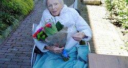 Yvonnes moeder heeft dementie: 'Maar ze is er nog en hecht zo aan het leven'