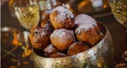 Oliebollen en Chocoladeletters