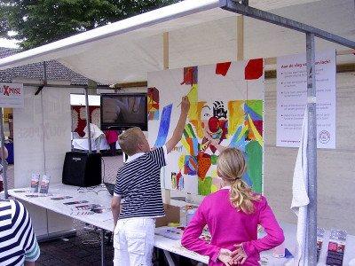 Kunstmarkt YouXpose in Mierlo ten bate van CliniClowns
