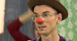 'Met die rode neus op maak je sneller echt contact'