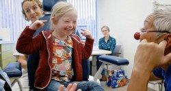 Het spannende ziekenhuisbezoek wordt opeens een feestje