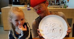 Ninthe (5) belandt met CliniClowns in andere wereld